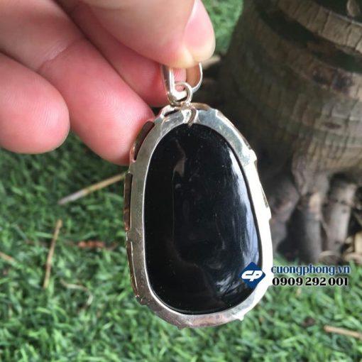 Mặt Phật bản mệnh Phổ Hiền đá obsidian bọc bạc A1260