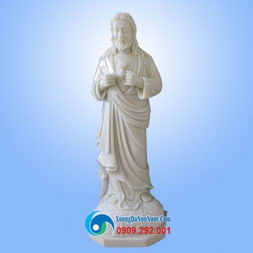 Tượng chúa Giesu đá trắng non nước