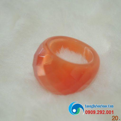 Nhẫn đá mắt mèo màu hồng A401