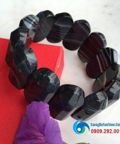 Lắc tay đá Mã não hình trụ