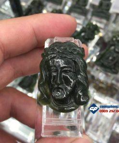 Mặt dây chuyền Đức Chúa Giesu đá Ngọc Bích Nephrite