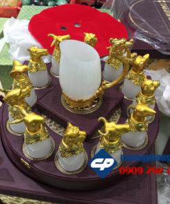 Bộ tách trà đá onyx khắc 12 con Giáp dát vàng 18k CP2000