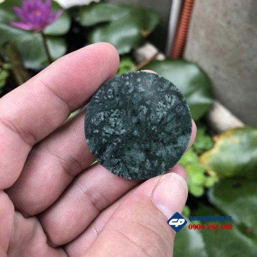 Mặt dây chuyền Đức Mẹ Sầu Bi ôm xác chúa Giesu đá xanh ấn độ-R126