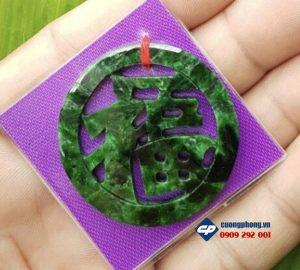 Mat-ngoc-boi-chu-Phuc-ngoc-cam-thach-Son-Thu-R121_650x585