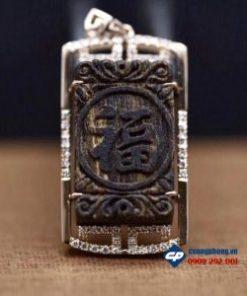Mặt chữ Phúc Trầm Hương Sánh Chìm bọc vàng 18k-R203