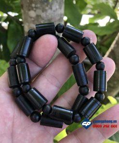 Vòng trầm hương indo đen R249