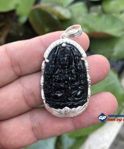 Mặt phật Thiên Thủ Thiên Nhãn đá obsidian size nhỏ bọc bạc Q302