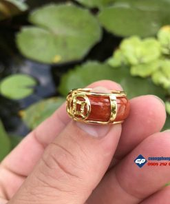 Nhẫn Ngọc Cẩm Thạch Huyết bọc vàng 18k Q303