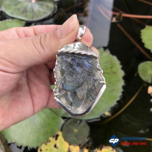Mặt Đức Chúa Giesu đá Xà Cừ Labradorite bọc bạc CP496