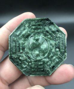Mặt dây chuyền bát quái đồ phong thủy đá Serpentine xanh Ấn Độ CP674