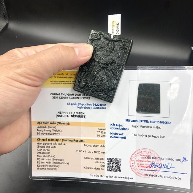 Mặt dây chuyền quan công ngồi rồng ngọc bích Nephrite đã kiểm định CP680